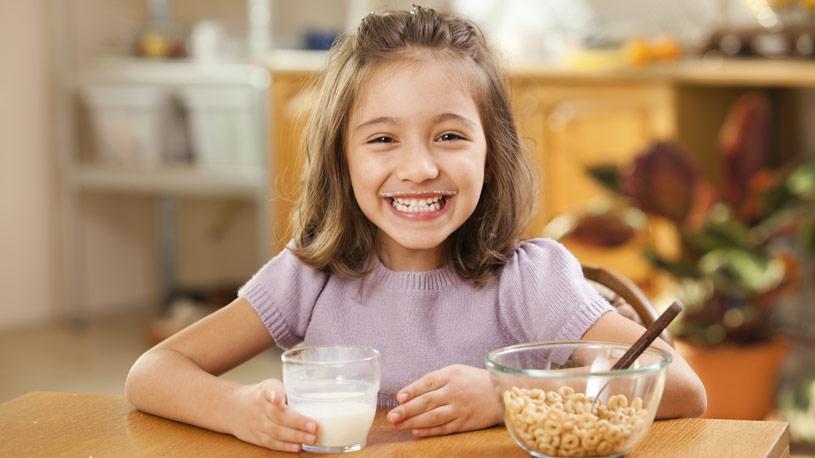 frutta-e-latte-mense-scolastiche-01-euroconsulting