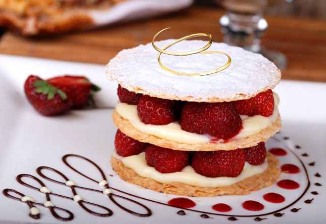 Dessert, Strawberry tart